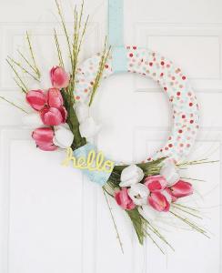 Bouquet of tulips wreath