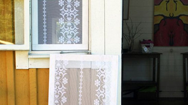 Stretched lace for windows