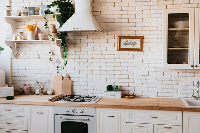 Kitchen with trailing plants