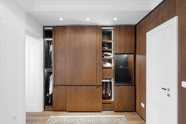 Sliding closet doors made of wood
