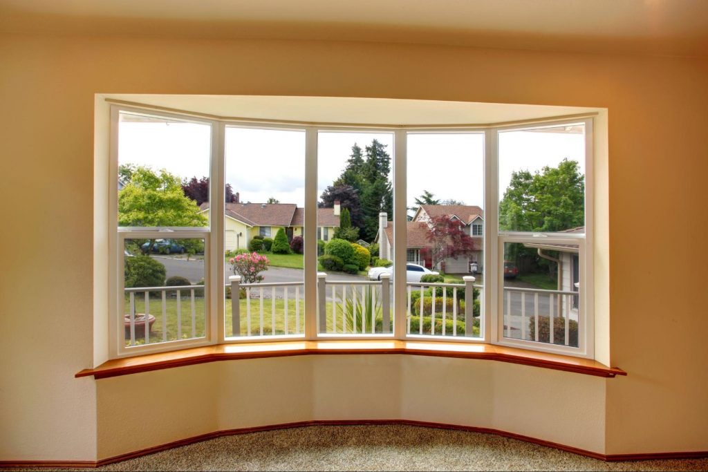 Picture windows used to form a bow window